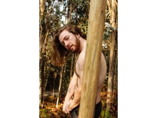 Masajista erótico educado y discreto